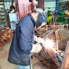 מלקחיים מברזל בעבודת יד לגרילים, מעשנות, קמינים ומדורות